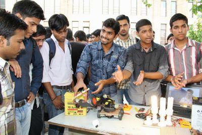 2020 सत्र में नहीं खुलेगा कोई इंजीनियरिंग कॉलेज, बीटेक कोर्स की सीट बढ़ाने पर रोक