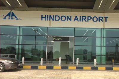 हिंडन एयरपोर्ट से उड़ा पहला नौ सीटर प्लेन, पिथौरागढ़ से दिल्ली की दूरी हुई कम