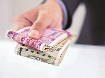 सरकार ने किया आर्थिक मदद देने का ऐलान, बुनकरों को 24 हज़ार और वकीलों को मिलेंगे 5 हज़ार प्रतिमाह
