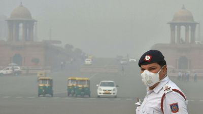 Breathing in Delhi's air became a curse, air quality reached a very poor category