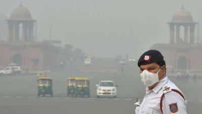 दिल्ली की हवा में सांस लेना हुआ दूभर, बेहद ख़राब श्रेणी में पहुंची वायु गुणवत्ता