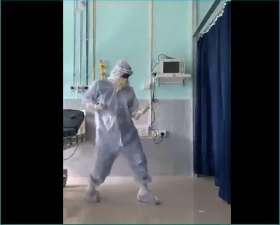 कोरोना काल में इस डॉक्टर के डांस ने मचाया धमाल