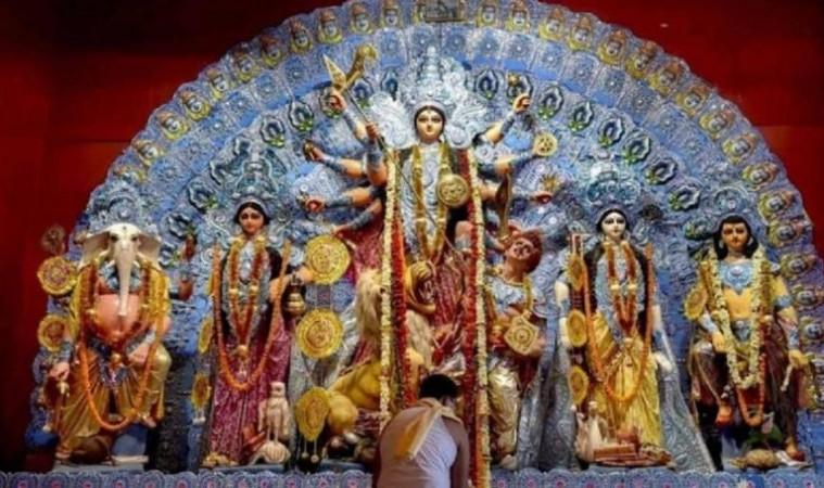 पूर्वांचल में षष्ठी से पहले पूजा पंडाल में स्थापित नहीं हो पाएंगी माँ दुर्गा की मूर्तियाँ