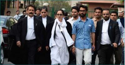 Kathua case lawyer Deepika Rajawat tweets about women condition and Navratri