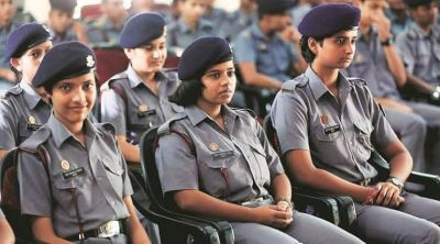 रक्षा मंत्रालय का बड़ा कदम, सैनिक स्कूलों में अब लड़कियां भी ले सकेंगी दाखिला