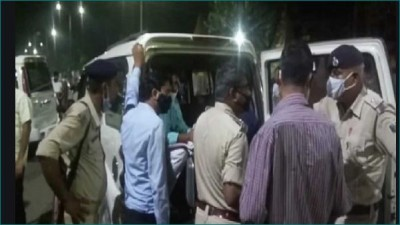 Income tax raids on Bihar Congress headquarters Sadaqat Ashram, millions of rupees received!