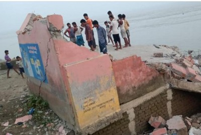 School built 5 years ago collapsed in flow of river Ganga
