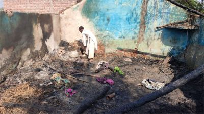 Pak firing continues at LoC, damage to homes, cattle dead