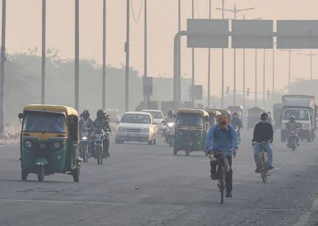 दिल्ली के बाद अब 'जहरीली' हुई लखनऊ की हवा, कोरोना मरीजों के लिए टेंशन