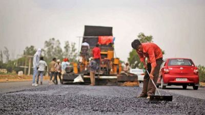 Construction work of Haridwar-Najibabad highway stalled, employees on strike