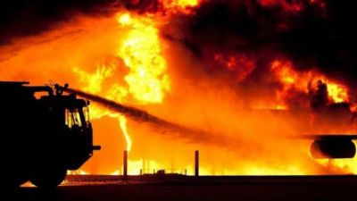 A major fire broke out in ONGC plant in Navi Mumbai, seven laborers died