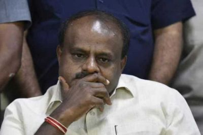 Karnataka: Kumaraswamy in trouble, court issues summon in this case