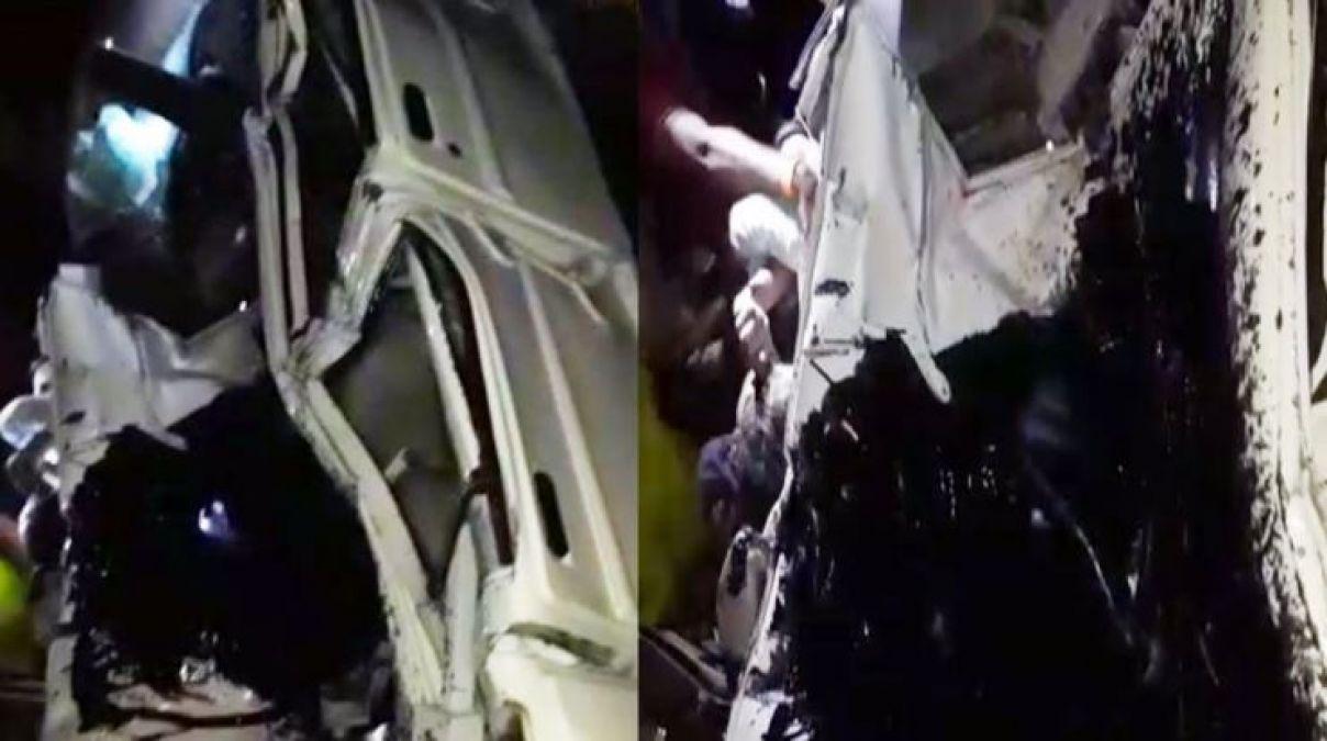 अयोध्या : ट्रक-बस-बोलेरो में भीषण टक्कर, मौके पर 4 की मौत