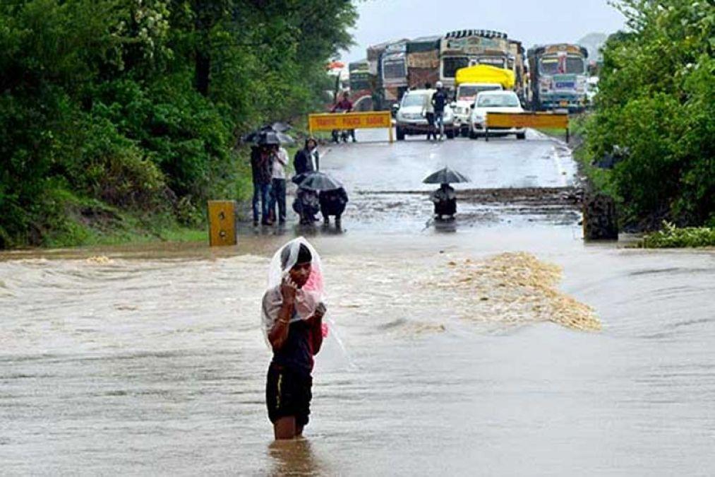 Continuous rains wreaked havoc in Madhya Pradesh, 202 deaths so far