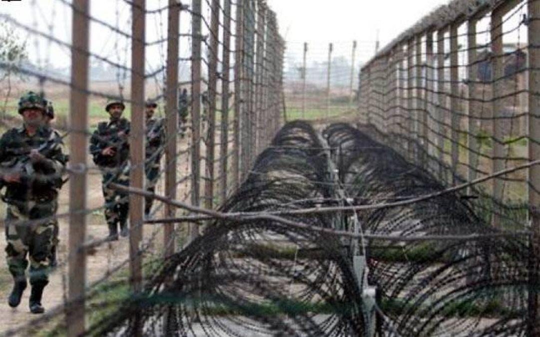 तारों के नीचे से भारतीय सीमा में घुसा पाकिस्तानी युवक, BSF की जासूसी था मकसद