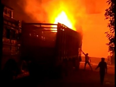 Meerut: Fire breaks out in truck, chaos, police investigating