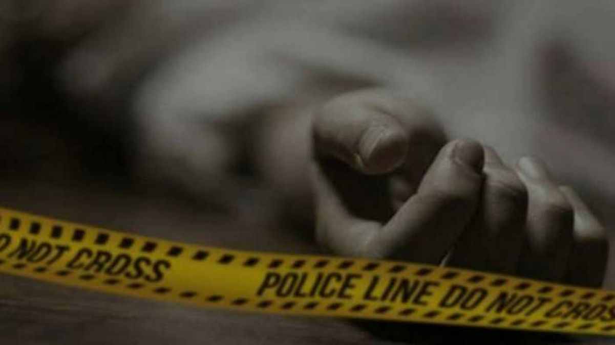 The dead body of a lover couple found in broken condition on a railway track