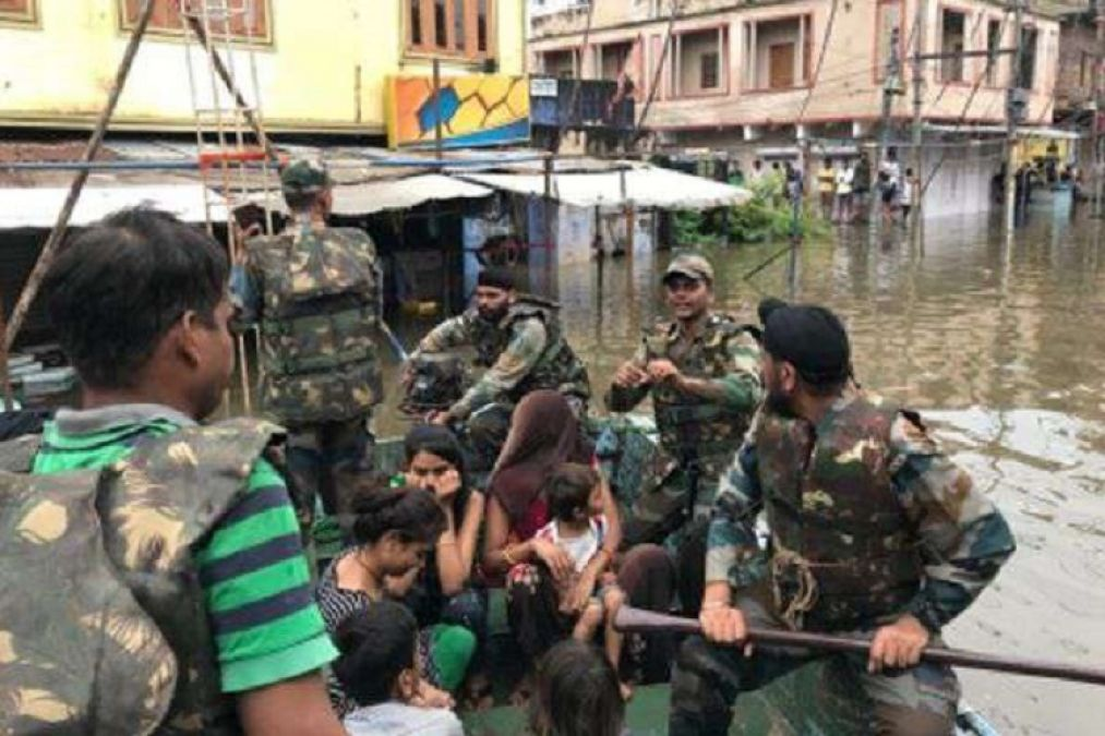 Flood like situation in Rajasthan, eight army teams engaged in rescue work