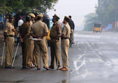पश्चिम बंगाल में पकड़ाया हथियारों का बड़ा जखीरा, तीन आरोपी गिरफ्तार