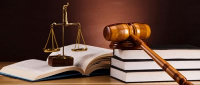 Maharashtra: Magistrate lost job due to intimate relationship, know matter here