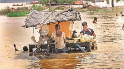 उत्तर प्रदेश में बारिश का प्रकोप जारी, अब तक 49 लोगों की मौत