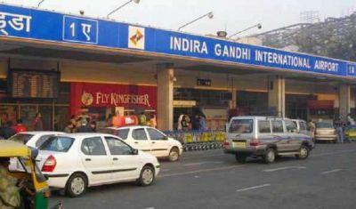 बैग में छिपा रखा था लाखों का लाल चन्दन, दिल्ली एयरपोर्ट पर गिरफ्तार हुआ युवक