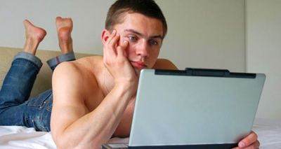 Watching Porn movies regularly leads to eating disorder: Study
