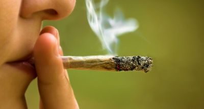 Smoking marijuana reduces fertility: Study