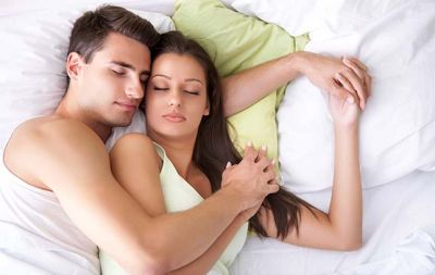 The way you sleep, tells how happy you are with your partner