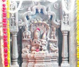 साल में एक ही बार कर सकते हैं इस मंदिर के दर्शन
