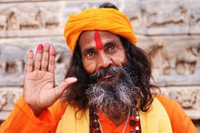 If you also put Tilak on your forehead, read this news