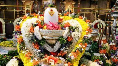 sawan month 2018 : इस तरह पूजा देवों के देव महादेव को तो हर तरह की खुशी होंगी आपके क़दमों में