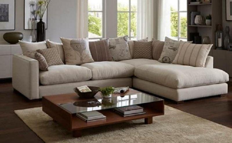घर में रखे सोफे को कुछ इस तरह से रखें मिलेंगे फायदे ही फायदे
