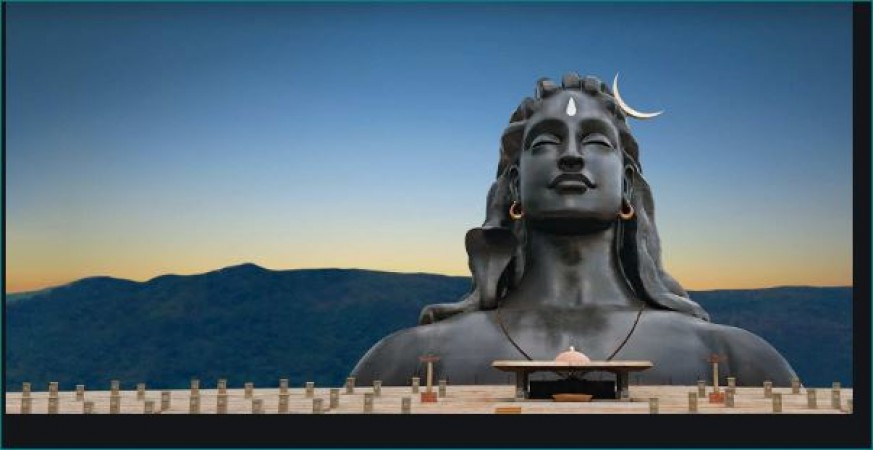 महाशिवरात्रि पर करना है भोले को खुश तो करें श्री रुद्राष्टकम का जाप