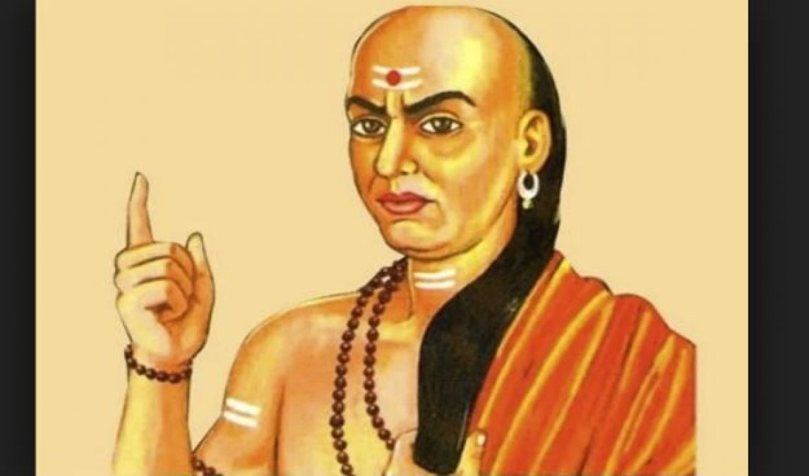 Chanakya has termed these four people as the best friend of a man