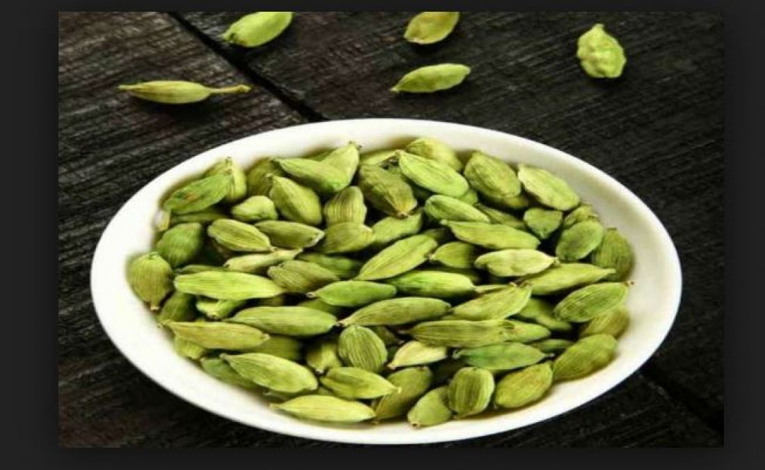 Keep cardamoms in purse; it will lead you to become a Lakhpati!