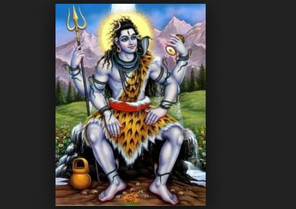 On the event of Savan, Every Day Chanting 10 Names of Lord Shiva will remove all your problems!