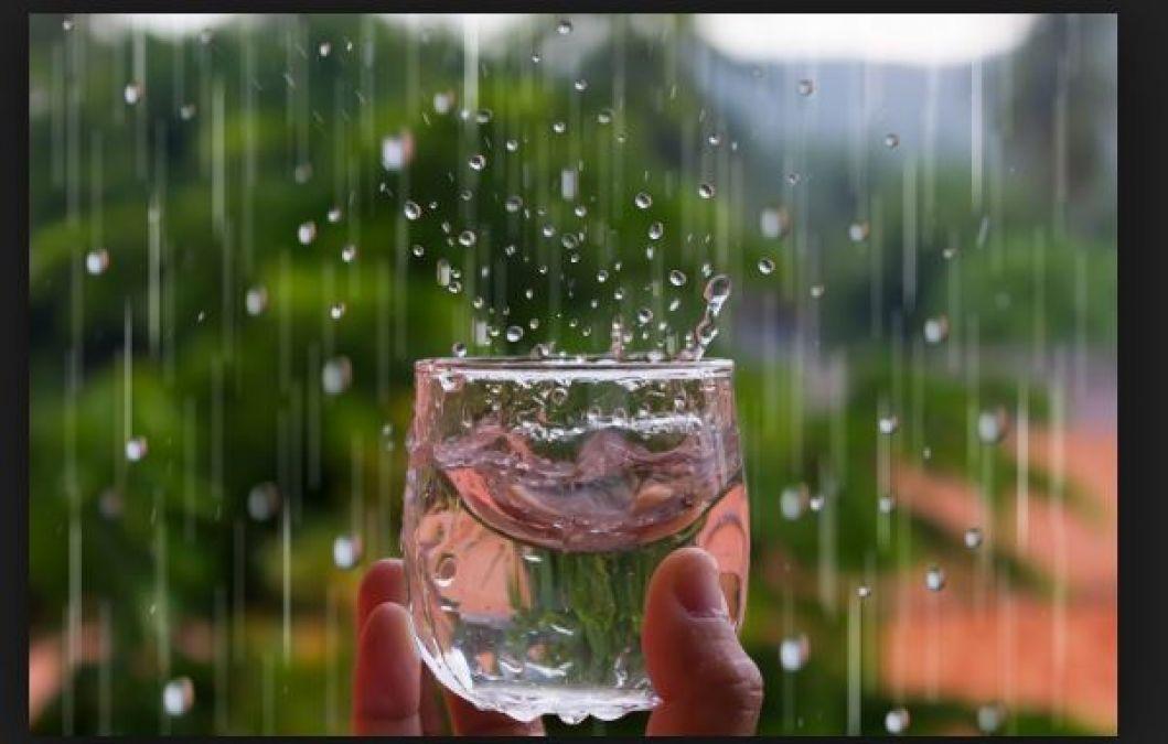 एक कटोरी में भरकर इस जगह पर रख दें बारिश का पानी और फिर देखे कमाल