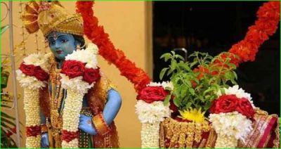 तुलसी विवाह के दिन जरूर करें माँ तुलसी के इन मन्त्रों का जाप