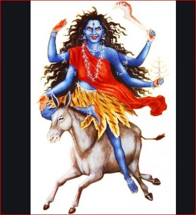 नवरात्र में माँ के सातवें अवतार मां कालरात्रि का इस तरह करें पूजन