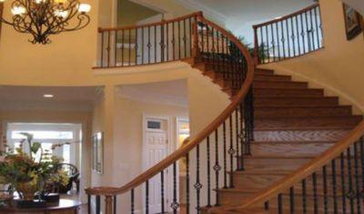 घर में परेशानी का बार-बार आना, सीढ़ियों का वास्तुदोष भी हो सकता है