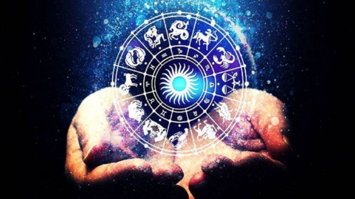 Horoscope Today: People with these five zodiac signs have to be careful, may have to bear the loss!