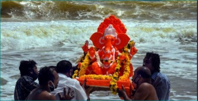 By doing this remedy on Ganesh Visarjan day, you will get rid of all problems