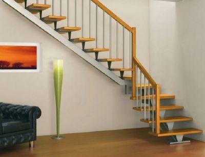 घर की सीढ़ियों में छुपा होता है धनवान बनने का राज़....