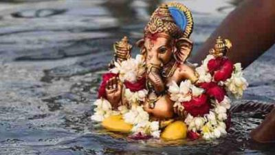 Don't make this mistake at the time of Bappa's immersion or else ....