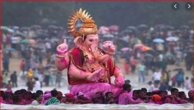 Immerse Bappa with chanting these mantras