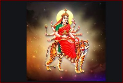 Chant this mantra and aarti to please Goddess Chandraghanta