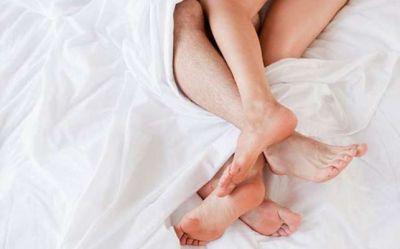 पराए मर्द से संबंध बनाने वाली महिला अगले जन्म बनती है दोमुँही नागिन, जानिए मर्द का हाल