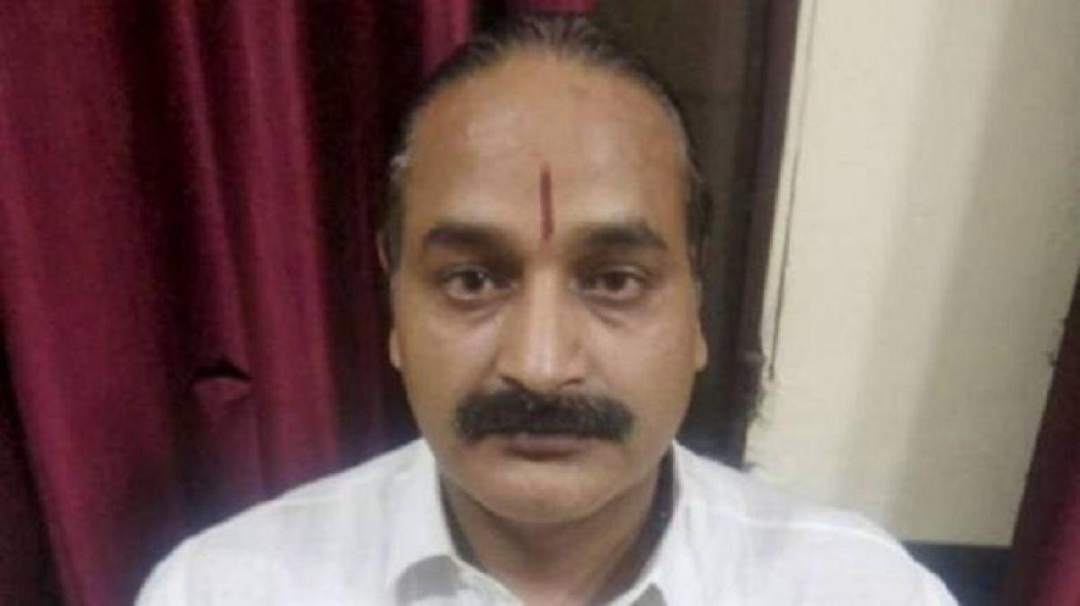 पुलिस के हत्थे चढ़ा ढोंगी बाबा अशोकानंद, हड़प चुका है भक्तों के लाखों रुपए