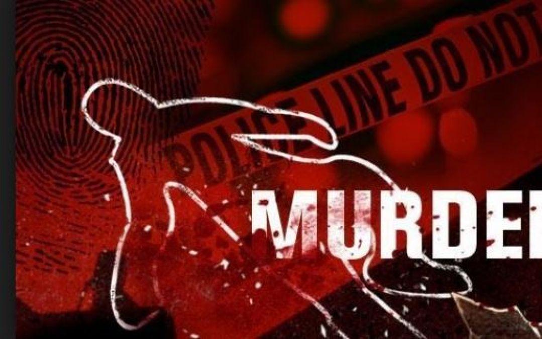 डंडे से वार कर पति ने की अपनी पत्नी की हत्या